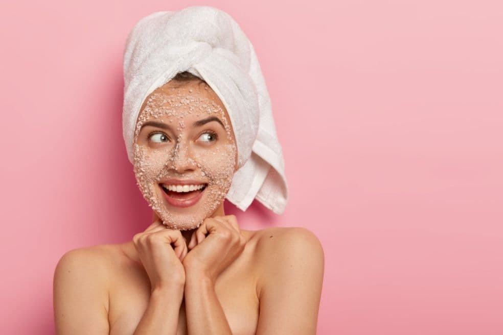Physical Exfoliation Vs Chemical Exfoliation: Which One Is Right For You?