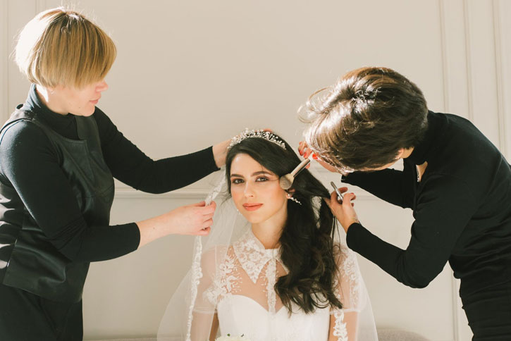 Top Makeup Brands For Brides Used By Salon Professionals